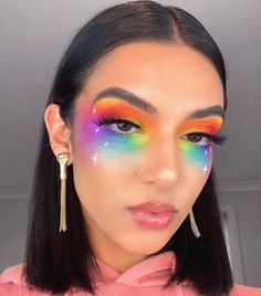 These Makeup Looks For Pride 2019 Will Color You ImpressedYou can find Carnival makeup and more on our website.These Makeup Looks For Pride 2019 Will Color You Impressed Purple Makeup Looks, Glitter Makeup Looks, Burgundy Makeup Look, Cute Makeup Looks, Glam Makeup Look, Crazy Makeup, Red Lip Makeup, Orange Makeup, Face Makeup Art
