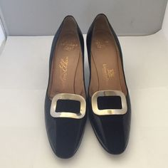 "Excellent condition! Newton Elkin By Livingston Brothers California Black Leather & Suede Pumps 7A3 With 3"" Heels. Newlon Elkin Shoes Heels"