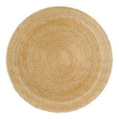 Le tapis rond Hempy. Authentique et écologique par nature, ce tapis rond est en 100% jute, fibre naturelle, durable et très résistante.Isolant thermique et phonique naturel, le tapis recompose l'espace, réchauffe une pièce, crée un sentiment de bien-être, de confort. C'est un élément de décoration qui apporte style et ambiance.Dimensions : - Ø 250 cmLivraison chez vous :Votre tapis sera livré chez vous sur rendez-vous, même à l'étage !Attention ! Veuillez vérifier que les ouvertures…