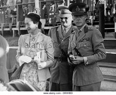 A wartime picture of the Duke and Duchess of Windsor. Behind the smiles, the Duke and his brother (and successor as Britain's King) George VI were frequently at loggerheads. Queen Mary, Queen Elizabeth Ii, Edward Windsor, Royal Families Of Europe, Wallis Simpson, Edward Viii, Royal King, Royal Blood, House Of Windsor