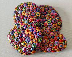 Painted Stone Dandelion Pebbles with Nature Designs floral   Etsy Painted River Rocks, Mandala Painted Rocks, Hand Painted Rocks, Mandala Rocks, Painted Stones, Pebble Painting, Stone Painting, Rock Painting, Rock Kunst