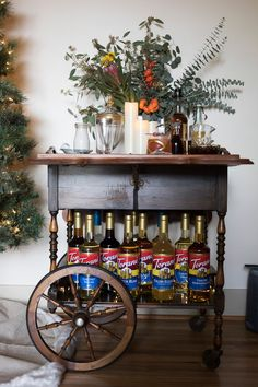 Everything you need to know to throw a last-minute Emergency Holiday Party! Recipes, Decor, everything! And, learn how to put together A DIY Handcrafted Italian Soda Bar. All courtesy of our Classic Cocktails, Holiday Cocktails, Holiday Parties, Drink Recipes Nonalcoholic, Non Alcoholic Drinks, Christmas Drinks, All Things Christmas, Italian Soda Bar, Cocktail Recipes For A Crowd