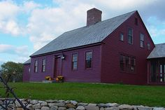 Elizabeth Burgess House by Connor Homes - Hooked on Houses New England Fashion, New England Style, New England Homes, New Homes, England Houses, Red Houses, Saltbox Houses, Barn Houses, Connor Homes