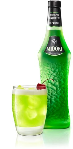 MIDORI SOUR is a classic cocktail made with MIDORI. Here are the ingredients. 1 part Midori® Melon Liqueur,1 part sour mix,Lemon wedge for garnish.