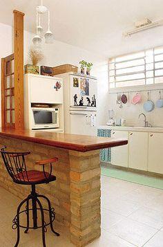 bancada da cozinha com tijolo aparente