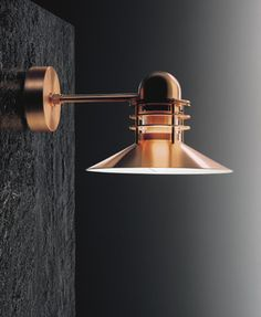 a-nyhavn-wall-lamp-for-beautiful-lighting.jpg (310×378)
