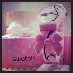 Swatch SUOZ173 DREAMCAKE by Sara Hochuli http://www.cdr95.it/orologi-swatch/suoz173-dreamcake