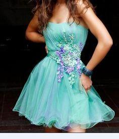 Lace Embellished Short Formal Dress