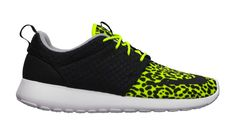 "Nike Roshe Run FB ""Leopard"" Volt"