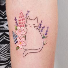kitty with flowers by @jessicachanner