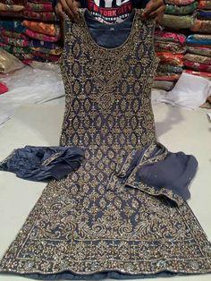 Pakistani Couture, Pakistani Dress Design, Pakistani Outfits, Indian Outfits, Punjabi Fashion, Asian Fashion, Indian Attire, Indian Wear, Desi Clothes