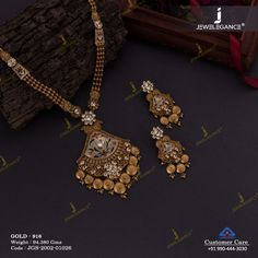 Jadtar Necklace Set jewellery for Women by jewelegance. ✔ Certified Hallmark Premium Gold Jewellery At Best Price Silver Anklets Designs, Gold Mangalsutra Designs, Gold Bangles Design, Gold Jewellery Design, Gold Designs, Ring Designs, Antique Jewellery Designs, Antique Jewelry, Antique Gold