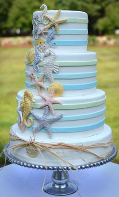 15 small wedding cake ideas that are big on style. you don't need to have a huge traditional wedding cake here are fifteen small wedding cake ideas that are big on style . Gorgeous Cakes, Pretty Cakes, Cute Cakes, Awesome Cakes, Beach Themed Cakes, Beach Cakes, Theme Cakes, Ocean Cakes, Nautical Cake