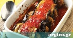 Stuffed Aubergines Rolls with Fresh Tomato Sauce A delightful veggie dish, perfect for a summer lunch! - it uses beef, i will change beef to chicken or pork! Greek Recipes, Meat Recipes, Cooking Recipes, Italian Recipes, Yummy Recipes, Vegetarian Recipes, Eggplant Rolls, Minced Meat Recipe, Gastronomia