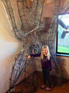 This Incredible Dad Built His Daughter an Enchanted Tree Reading Nook Reading Tree, Reading Nook, Fairy Tree, Forest Fairy, Tree Bedroom, Girls Bedroom, Fairytale Bedroom, Magical Bedroom, Deco Disney