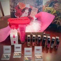 WINTER 2014 - Sneak Peak!! New Gloss, Eye Pallets, and Parfume https://www.facebook.com/robynmkbeauty