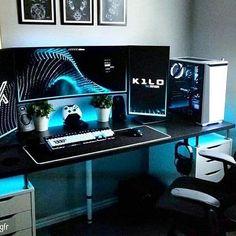 gaming desk Top 5 Best Gaming Desktops to pick from in 2017 Best Gaming Setup, Gamer Setup, Gaming Room Setup, Pc Setup, Computer Gaming Room, Simple Computer Desk, Computer Desk Setup, Gaming Desktops, Gaming Rooms