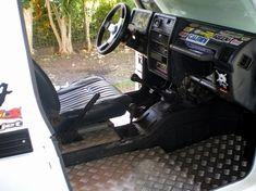 Suzuki Samurai interior custom