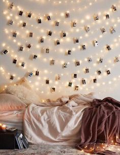Cool Ways To Use Christmas Lights - Frameless Photos - Best Easy DIY Ideas for String Lights for Room Decoration, Home Decor and Creative DIY Bedroom Lighting - Creative Christmas Light Tutorials with Step by Step Instructions - Creative Crafts and DIY Pr My New Room, My Room, Diy For Room, How To Decorate Bedroom, Decorate Dorm, How To Decorate House, Decorate Apartment, Room Goals, Home And Deco