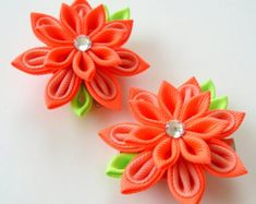 Kanzashi  Fabric Flowers. Set of 2 hair clips. Red and gold
