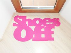http://www.housebeautiful.com/lifestyle/cleaning-tips/a3960/get-people-to-take-shoes-off/?src=nl