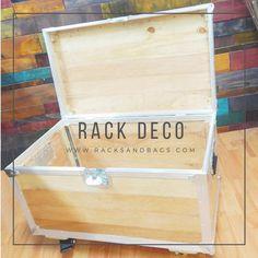 Flight case tipo rack como mueble decorativo en cada. HOME DECOR Flight Case, Toy Chest, Storage Chest, Cabinet, Toys, Furniture, Home Decor, Suitcases, Clothes Stand