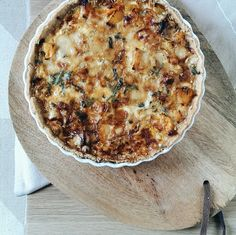 Squash and caramelised onion tart | tincansandwoosenspoons.com Caramelised Onion Tart, Caramelized Onions, Wooden Spoons, Squash, Quiche, Canning, Breakfast, Recipes, Food