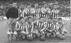 El Deportivo de la temporada 1963-64. Ascenso a Primera. / RCD Soccer Teams, Spanish, Football, Retro, Football Team, Old Photography, Trading Cards, Sports, Historia