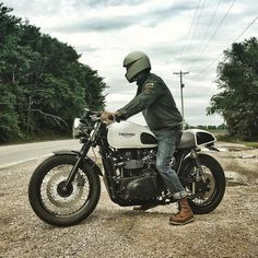 See this Instagram photo by @caferacersofinstagram • 17.7k likes