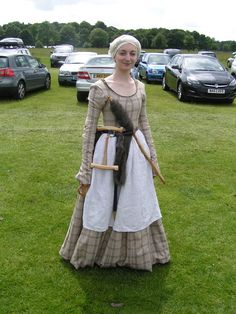 Lovely! I love the portable distaff and spindle