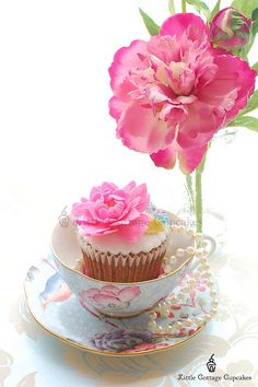 Just Beautiful! by Little Cottage Cupcakes, via Flickr