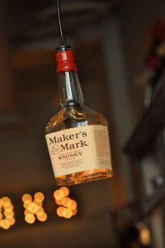 Mark whisky botella lámpara reciclado de creador por MoonshineLamp