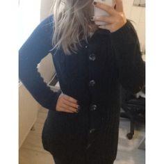 Long gilet noir Mim taille M Mim ! Taille 38 / 10 / M  à seulement 5.00 €. Par ici : http://www.vinted.fr/mode-femmes/mode-femmes-autres/17842326-long-gilet-noir-mim-taille-m.