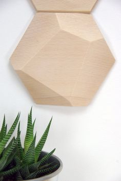 Bee Apis set of 48 facetted wood tiles for wall por MonoculoShop