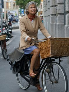 Green Ride @ Back Yoke #bike, #fashion #apparel
