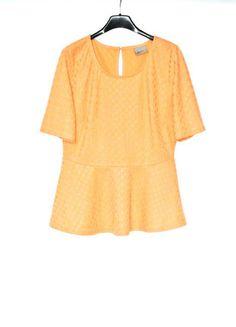 Kup mój przedmiot na #vintedpl http://www.vinted.pl/damska-odziez/topy-koszulki-i-t-shirty-inne/13869845-bluzka-z-baskinka-vero-moda-m-nowe