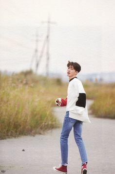 Hanbin for Return Kim Hanbin Ikon, Ikon Kpop, Chanwoo Ikon, Ikon Leader, Ikon Wallpaper, Ikon Debut, Memes, Yg Entertainment, Boyfriend Material