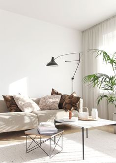This monochrome beige living room by Minna Jones is anything but boring. By embracing clean lines and monochrome décor, the interior stylist was able to make this once outdated color look...