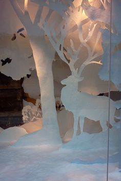 Anthropologie Holiday Display: Windows on RISD Portfolios Winter Window Display, Window Display Retail, Window Display Design, Display Windows, Shop Windows, Noel Christmas, Christmas Windows, Xmas, Visual Merchandising Displays