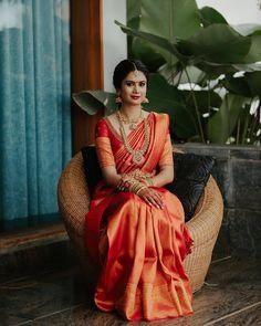 South Indian Bride Saree, Indian Bridal Sarees, Wedding Silk Saree, Bridal Photography, Bridal Jewellery, Indian Dresses, Indian Jewelry, Silk Sarees, Brides