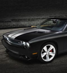 #Dodge Challenger: pure American muscle! #spon