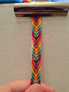 Fishbone friendship bracelet pattern #6571