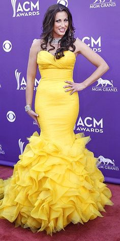 DANIELLE PECK Danielle Peck, Nice Dresses, Amazing Dresses, Formal Dresses, American Country Music Awards, Ballroom Gowns, Dolly Fashion, Pink Carpet, Street Style Edgy