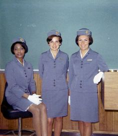 Vintage: Pan AM Stewardess in 1960s ~ World stewardess Crews  Cousin Lucie Bernier flew during this time  It looks like her in the middle?