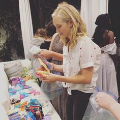 Candice King at home with her colleagues, friends and members of Happy Period, to celebrate the charity of August bracelet on August 2018 in Los Angeles, California. Candice King, Candice Accola, Caroline Forbes, Delena, Old And New, Feel Good, Hair Beauty, The Incredibles, Actresses