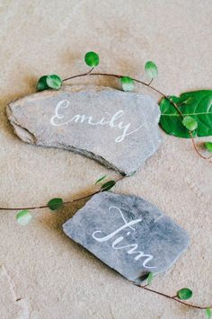 Ideas For Party Table Centerpieces Escort Cards Wedding Place Names, Wedding Place Settings, Wedding Name, Wedding Places, Wedding Cards, Wedding Ceremony, Table Wedding, Slate Wedding, Rustic Wedding
