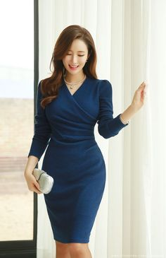 Romantic & Trendy Looks, Styleonme # Fashion dresses Slim Fit Side Shirred Wrap Dress Elegant Dresses, Cute Dresses, Casual Dresses, Short Dresses, Dresses For Work, Office Dresses, Mode Outfits, Dress Outfits, Fashion Dresses