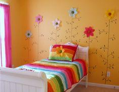 Flores para decorar una habitación infantil. ¡Qué dormitorio para niñas más bonito! A las peques les encantará esta decoración colorida y divertida. ¿Os an