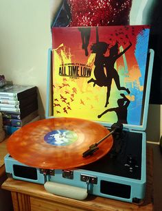 all time low - so wrong, it's right (1st press - clear orange splatter (hot topic exclusive) /1000) /// SINCE WHEN DO THEY RELEASE THINGS ON VINYL