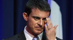 Manuel Valls reçoit une pétition signée par 119.000 Français contre la loi Renseignement